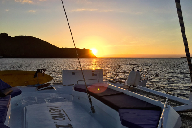 Cruises to the Galapagos Islands for 11 people October 2017