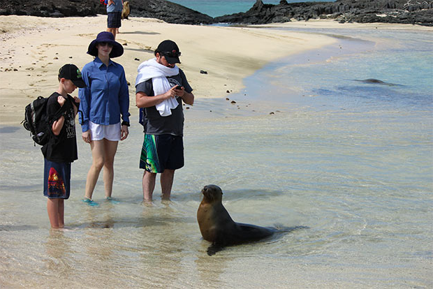 Cruises to the Galapagos Islands for 5 people September 2017