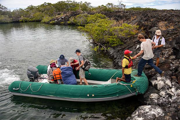 Catamaranes de lujo a las Islas Galápagos febrero 2020