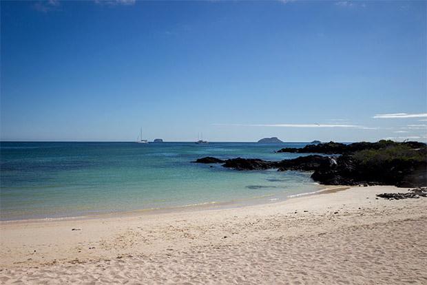 Catamaranes para parejas a las Islas Galápagos junio 2020