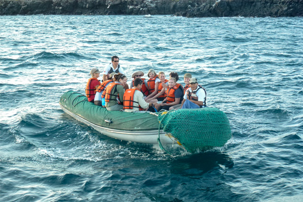 Tours to Galapagos Islands for couples December 2019
