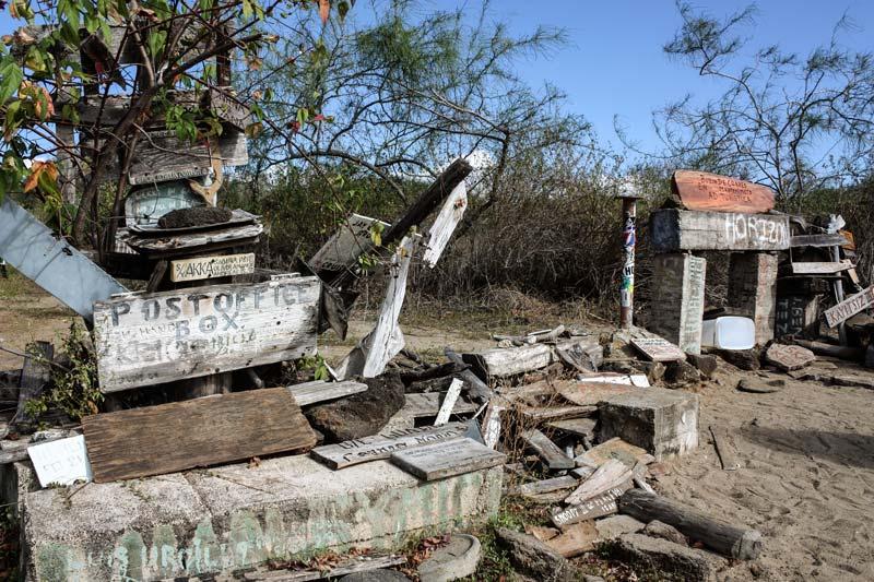 Floreana: Post Office Bay Galapagos Island